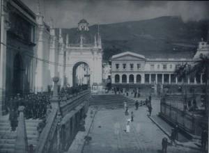 José Domingo Laso, fotografía del álbum Quito a la vista, 1910.